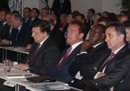 Schwarzenegger, Yumkella and Barroso join forces to discuss practical ways of implementing a Sustainable Energy Future thumbnail
