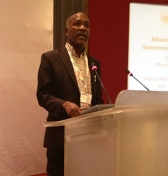 Hon. Theo Nicol speaks at Innovation Africa Digital Summit thumbnail