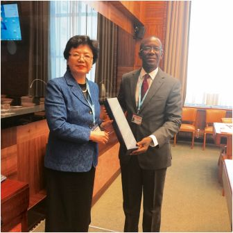 Big boost for Sierra Leone as Chinese health minister throws weight behind health sector recovery plan thumbnail