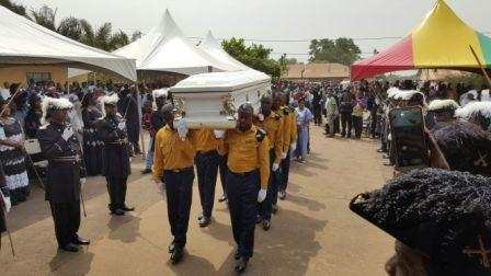 President attends Vincent Kanu's funeral thumbnail
